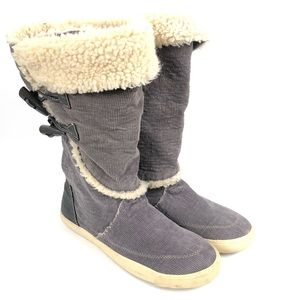 Rocket Dog Tansy Gray Corduroy Faux Fur Boots 8.5